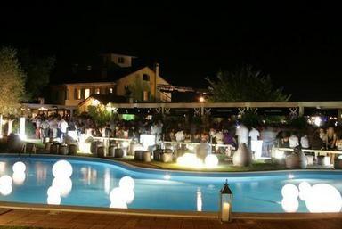 We Look Deeper discoteca Villa Papeete Milano Marittima