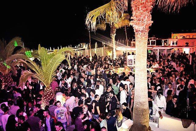 Le Gall Club Porto San Giorgio, Senorita regular guest party