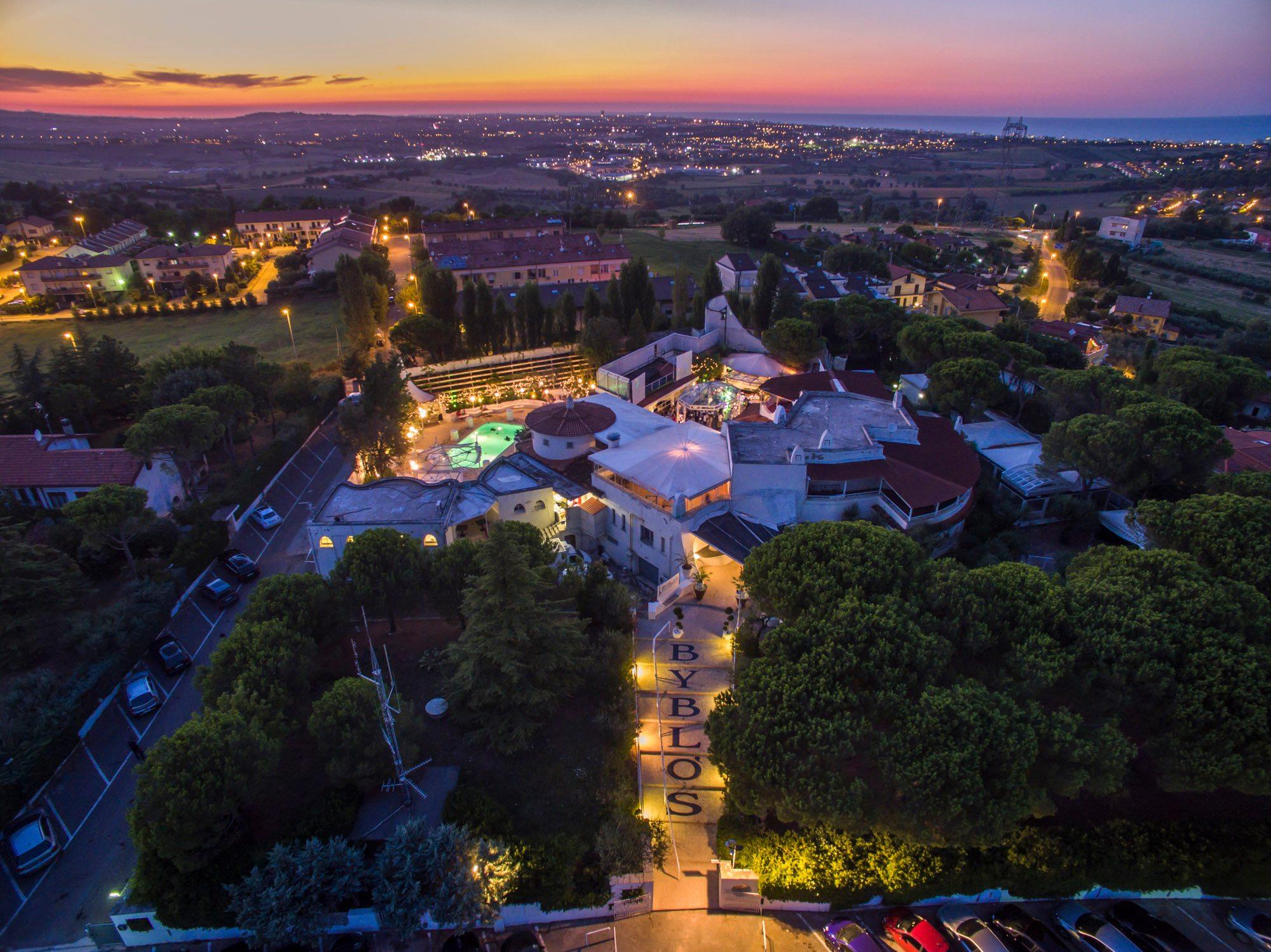 Discoteca Byblos Riccione, la grande notte dei turisti parte II